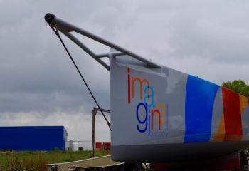Pièce bateau en fibres carbone